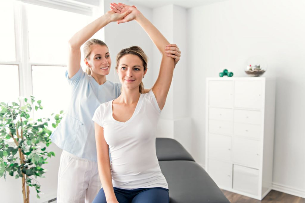 5 Physiotherapy Techniques For Neck Pain (Causes And Prevention)